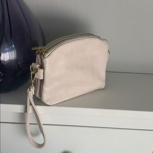 Cross body clutch in WHITE/CREAM Charming Charlie